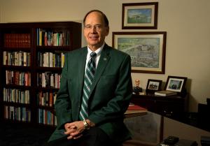 Dr. Douglas Winnail