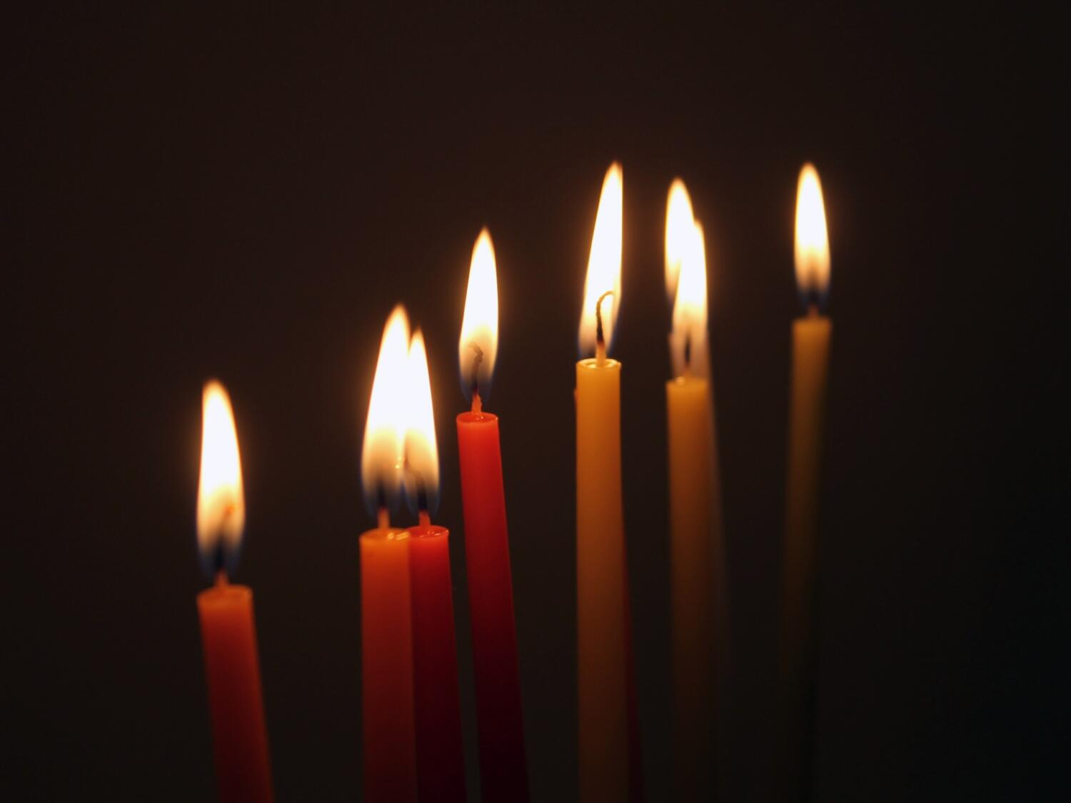 candles-2442820_1920